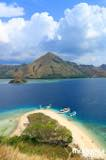 gallery/kelor_island/kelor-island-from-the-hill-1.jpg